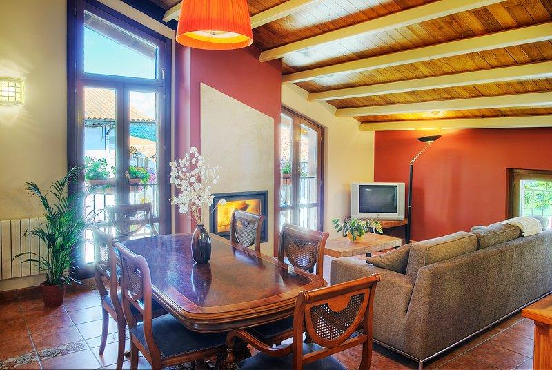 apartamento etxeberria I / 2 Habitaciones, vacation rental in Esteribar