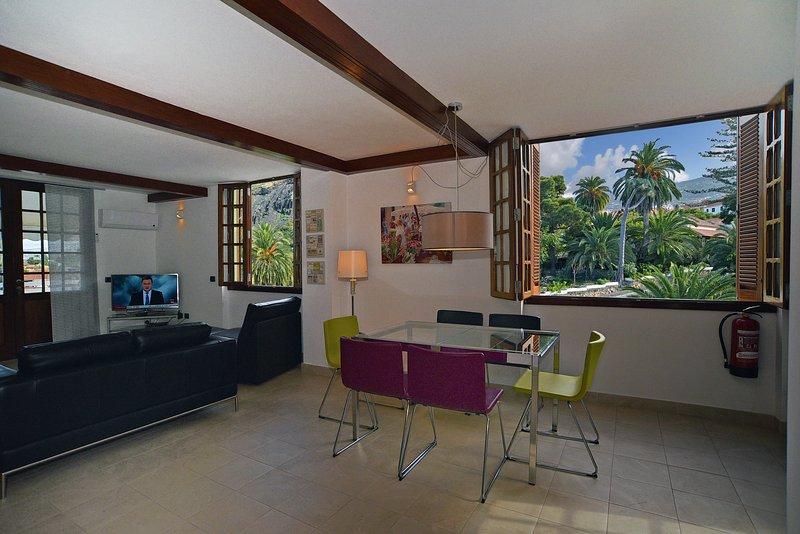 Vista Dining Room