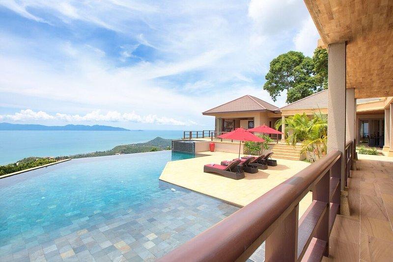 Stunning 4 bedroom luxury villa with breathtaking ocean views, private pool, vakantiewoning in Ang Thong