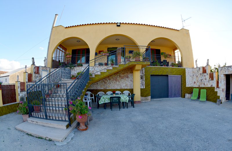 Casa Vacanze Alle Vigne, holiday rental in Vita