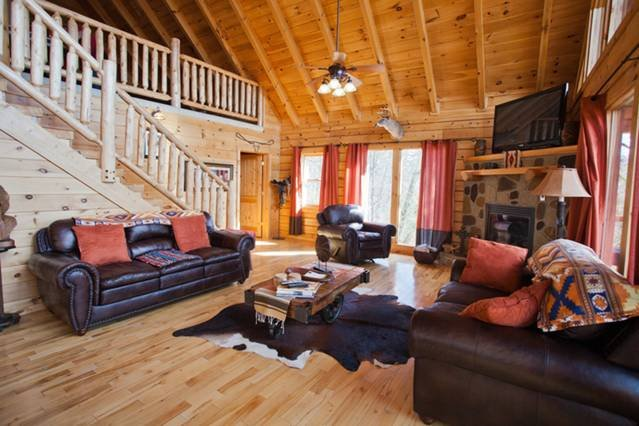 Luxurious 5 Bedroom Log Cabin Near Dollywood, holiday rental in Sevierville