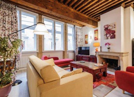 COTE PALAIS 2 (AU COEUR DU VIEUX LYON), holiday rental in Lyon