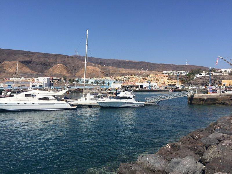Puerto de Morro Jable, a 3 km. desde el apartamento.