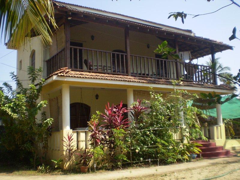 Casa Flora Goa, holiday rental in Morjim