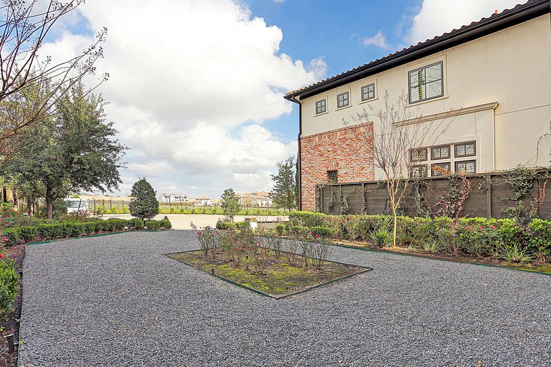 Italian Beauty for Super Bowl, holiday rental in Jersey Village