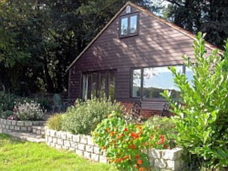 Beechfield Cottages - Ye Olde Chicken Shed, holiday rental in Halling