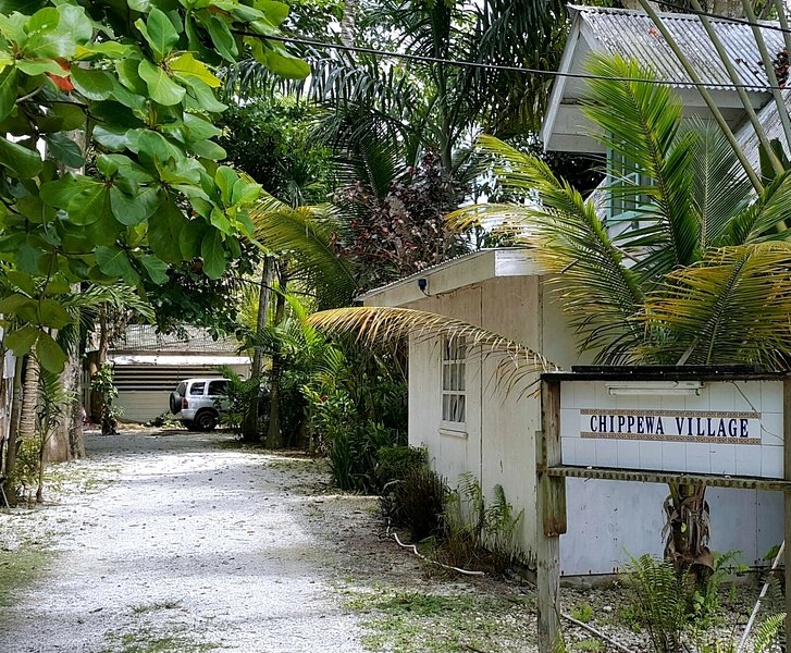 CHIPPEWA STONE HOUSE: great location and price, vacation rental in Negril