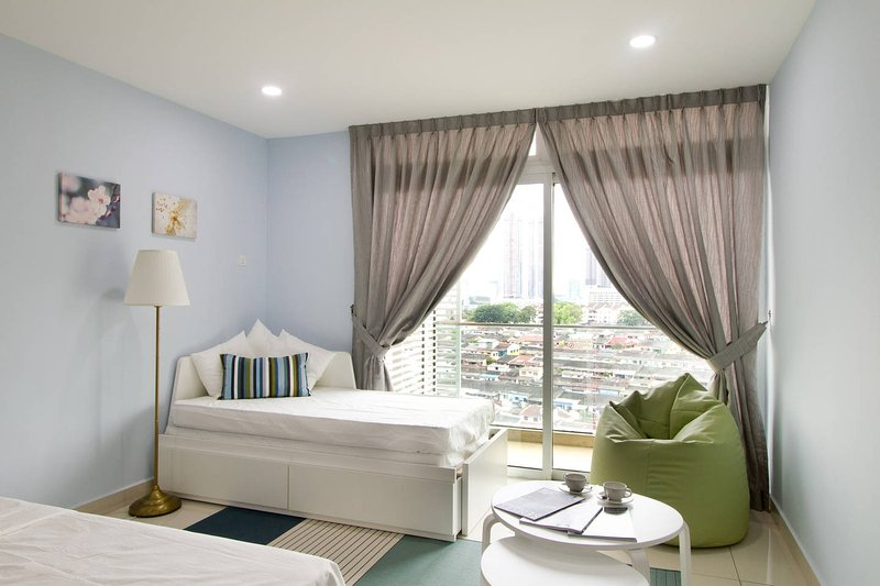 Cozy & comfortable studio apartment at KSL City