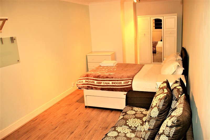 Cosy 2 Bedroom Apartment, Birmingham City Centre, Ferienwohnung in Birmingham