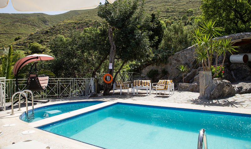In the pool terrace a 35 m2 boasts a private pool terrace!