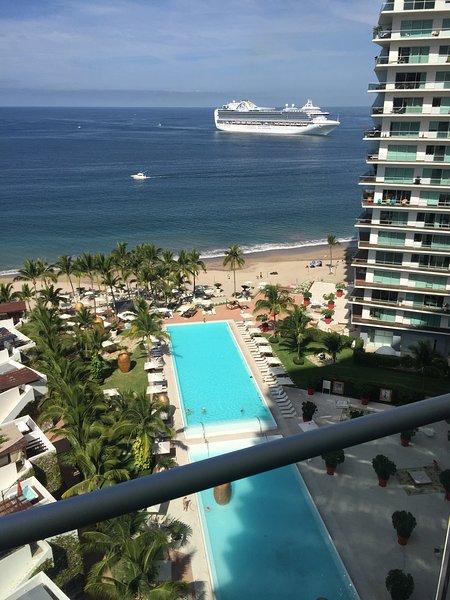 Excelente depto en renta, ICON Vallarta, location de vacances à Puerto Vallarta