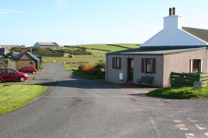 Roadside Cottage entrance