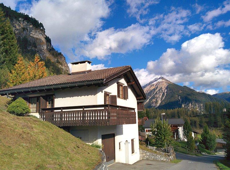 Ferienhaus zwischen Davos und Lenzerheide, holiday rental in Schmitten