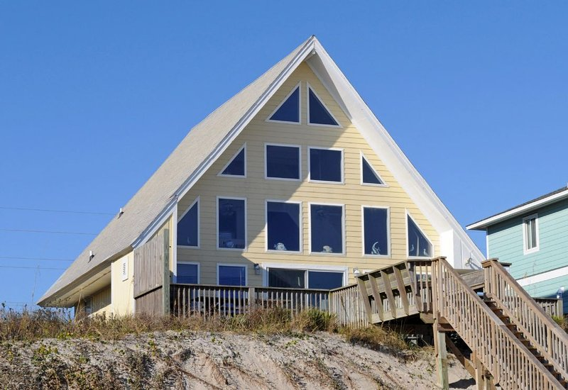 Here Comes The Sun Oceanfront Exterior