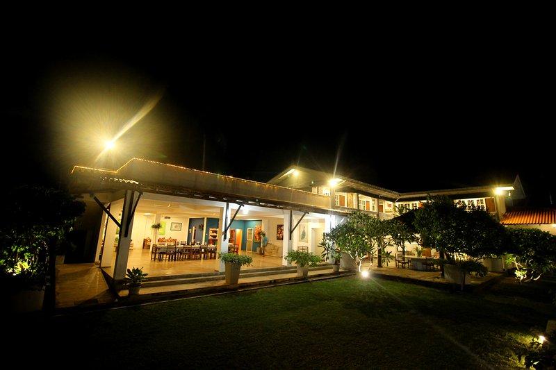 The Caribbean Gate Resort & Cafe, holiday rental in Habaraduwa