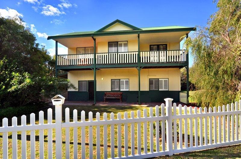 Clemandtines Vintage Beach Estate, location de vacances à Binningup