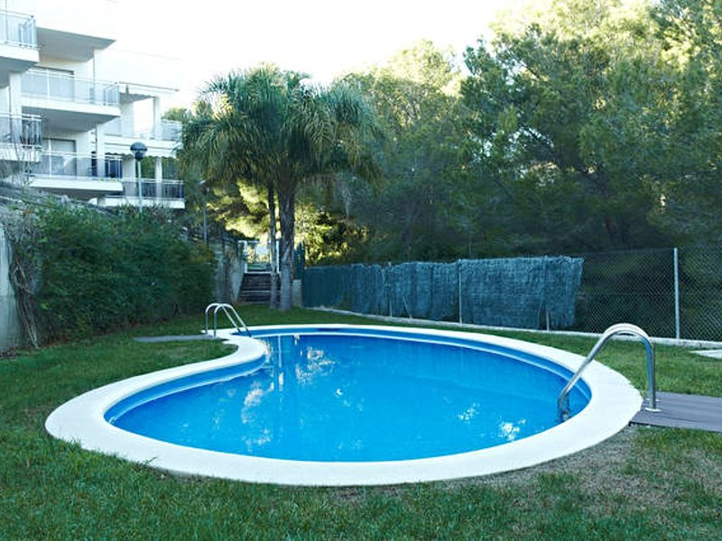 DIRECT ACCES TO THE BEACH AND SWIMING-POOL_RONDA DEL MAR 6, vacation rental in Calafat