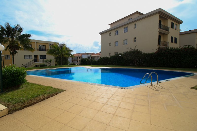 Carla Place, Swimming Pool, Parking, Wifi, vacation rental in Canico