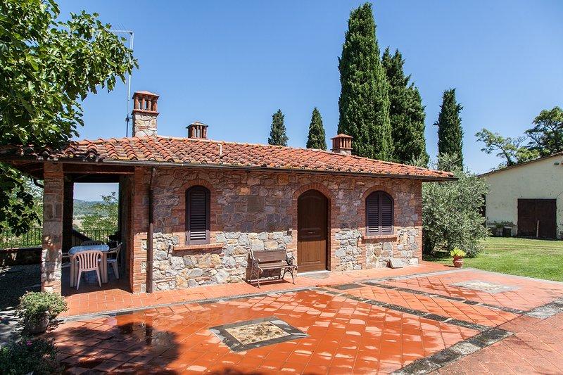 CASA IDILIA - AGRITURISMO IL CIPRESSO - BUCINE ITALY, alquiler de vacaciones en Bucine