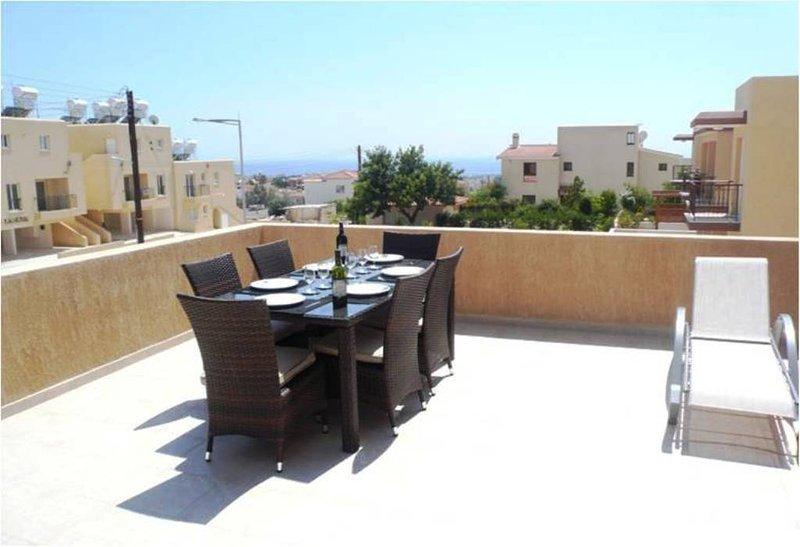 Ektoras 2 Apartments (FREE WIFI & AC), location de vacances à Peyia