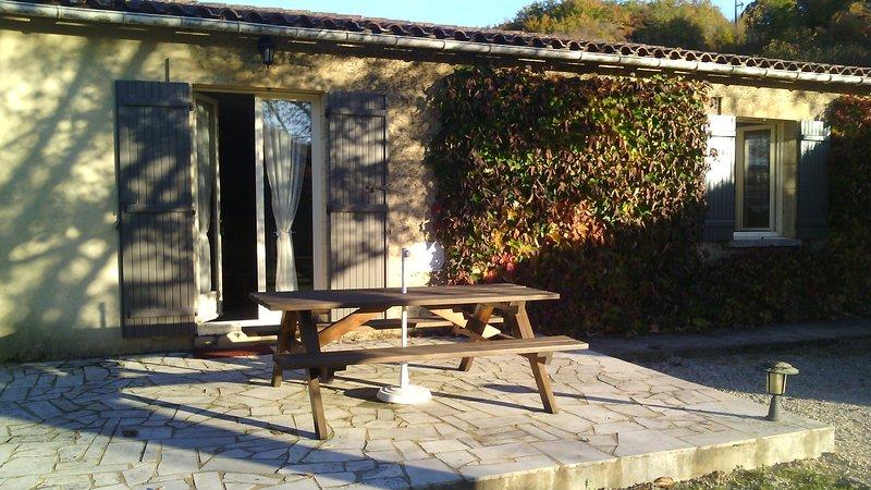 le petit-beyssac 2, holiday rental in Saint-Andre-d'Allas