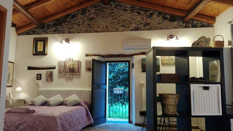 Casa Santa Domenica - Dimora indipendente a Savoca – semesterbostad i Limina