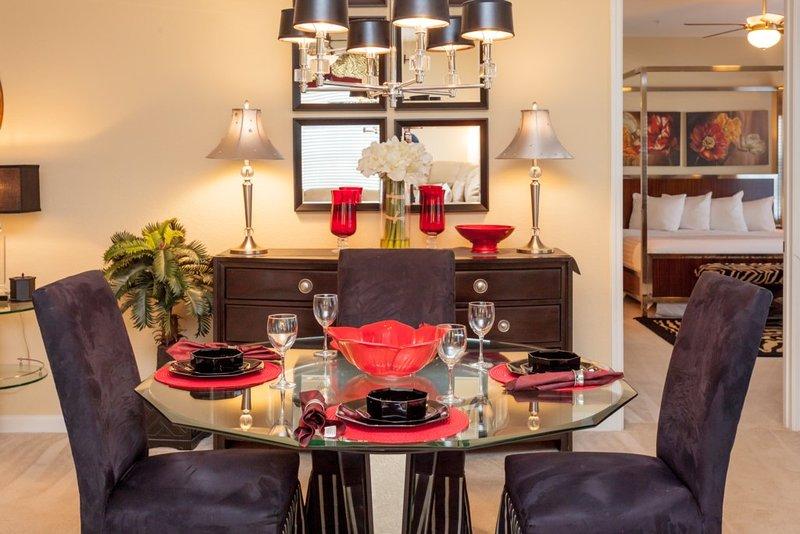 Dining Room,Indoors,Room,Palm Tree,Tree