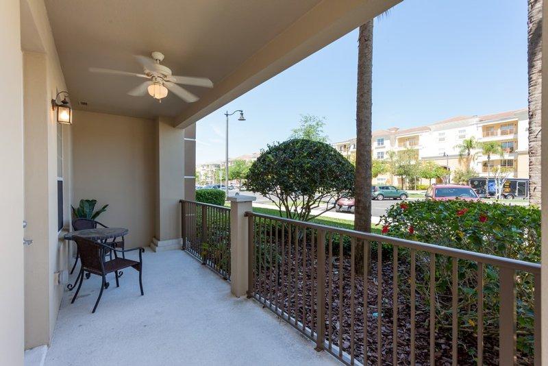 Deck,Porch,Railing,Garden,Furniture