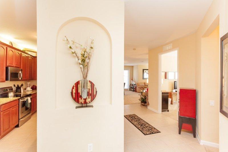 Flower Arrangement,Vase,Indoors,Room,Dining Room