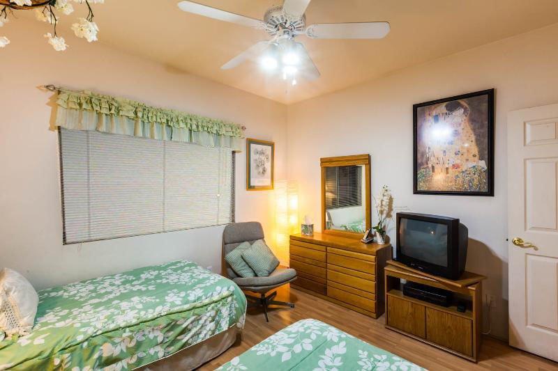 Guest Bedroom (view #2b)