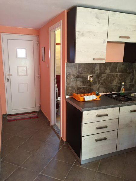 STUDIO for two / fully equipped / close to beach / closest house to party Zrće, holiday rental in Gajac