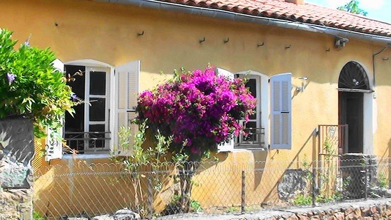 Villa Clementina ,  dans un site naturel de BALAGNE HAUTE CORSE prés de Calvi, location de vacances à Zilia