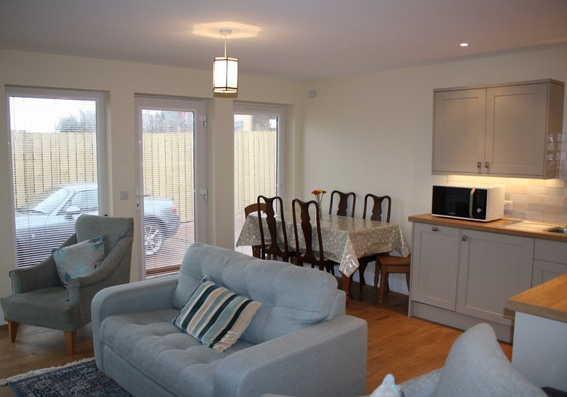 Callies Cottage, two bedroom holiday cottage in North Berwick, vacation rental in North Berwick