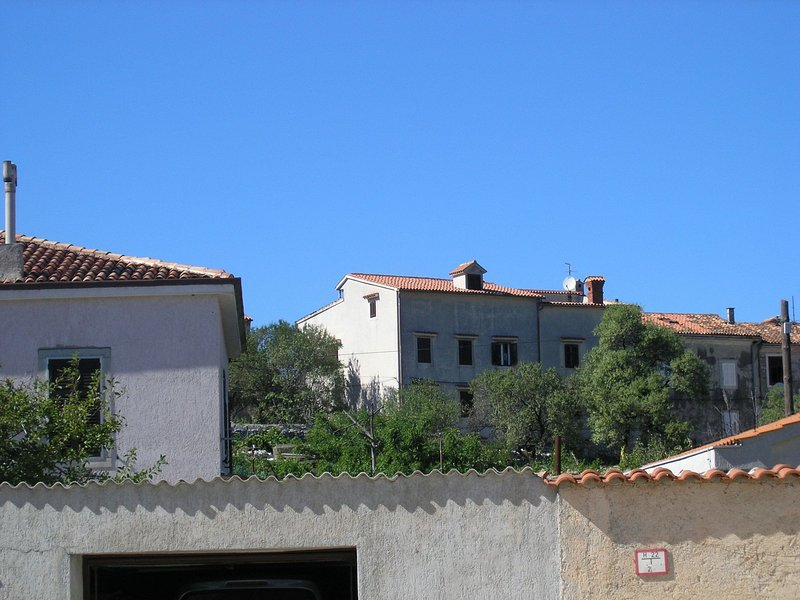 Mici 1 - great location and relaxing: A1(4+2)  - Cres, casa vacanza a Cres