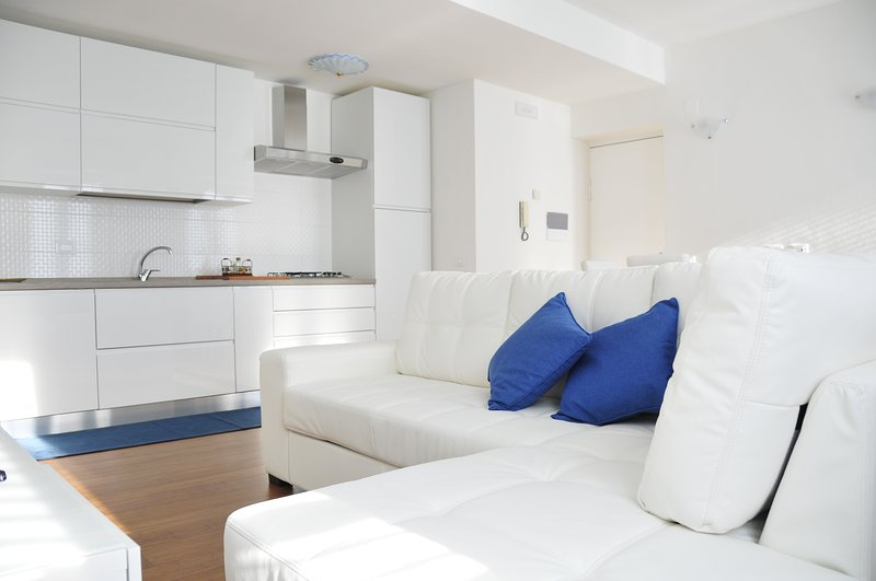 Elena House Viareggio 150Mt from Beach, vacation rental in Viareggio