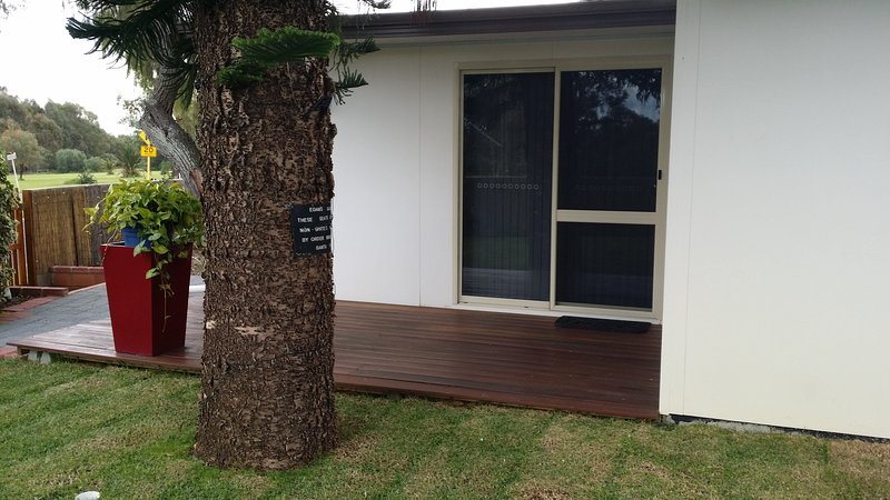 Our self contained self catering 1 bedroom unit