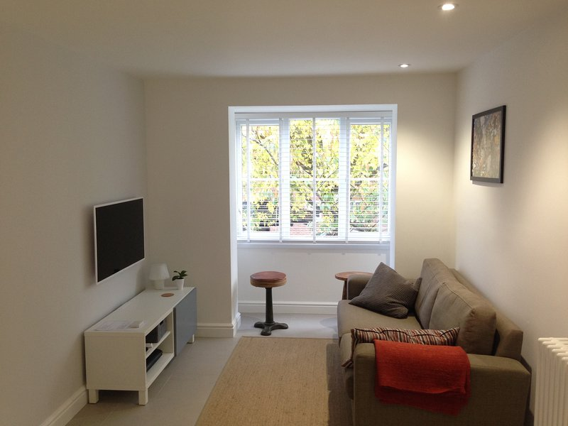 Perfect Kingston Flat, location de vacances à Ewell