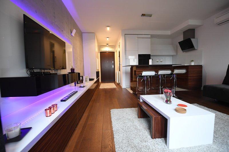 Belgrade Brand New Studio 'Leo'- parking, WiFi, Ferienwohnung in Obrenovac