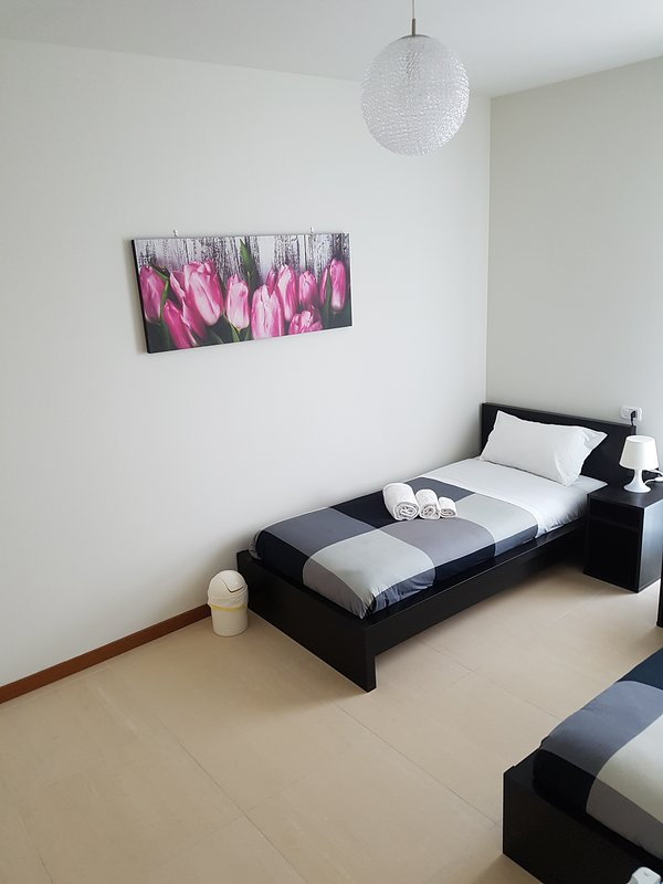 Orio easy airport-double room n.3, holiday rental in Vailate