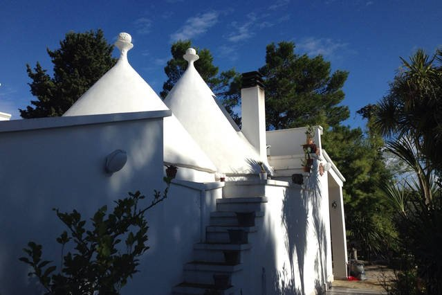 Villa Two Trulli art house Martina F. Valle d'Itria Puglia.Oasi regenerating peace, quiet and relaxation