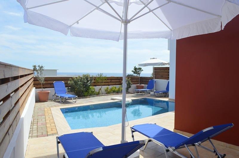 gennadi gardens 3 bedroom villa with private pool, location de vacances à Rhodes (ville)