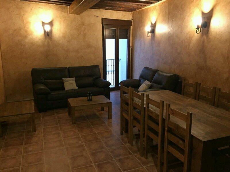 Casa Rural Tio Mora especial para niños y a 40 minutos de Madrid, location de vacances à Cabanillas del Campo