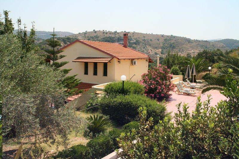 Stratos, Fouli, Maria Villas in Rethymno Crete, alquiler vacacional en Rethymnon