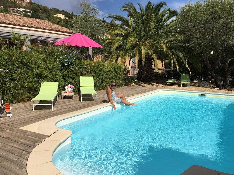 Le Palmier aux ' ilets de l'eau blanche' PROMOTION SÉJOUR 1 SEMAINE AVRIL-MAI, holiday rental in Cavalaire-Sur-Mer