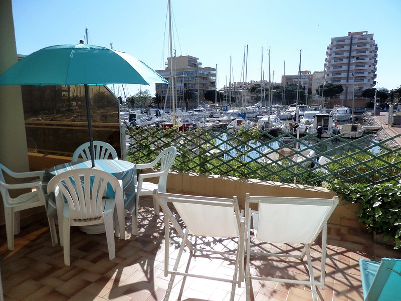 canet plage, terrasse, parking, WIFI, vacation rental in Canet-en-Roussillon
