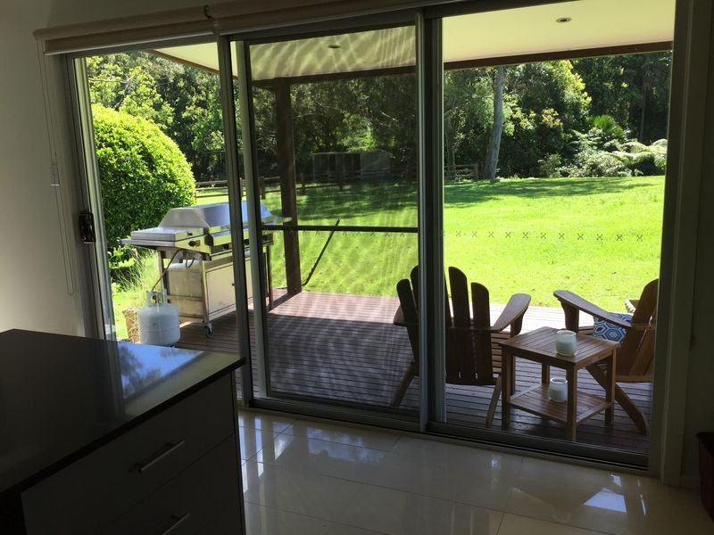Peaceful acres for couples or families close to everything yet secluded & calm, holiday rental in Ourimbah