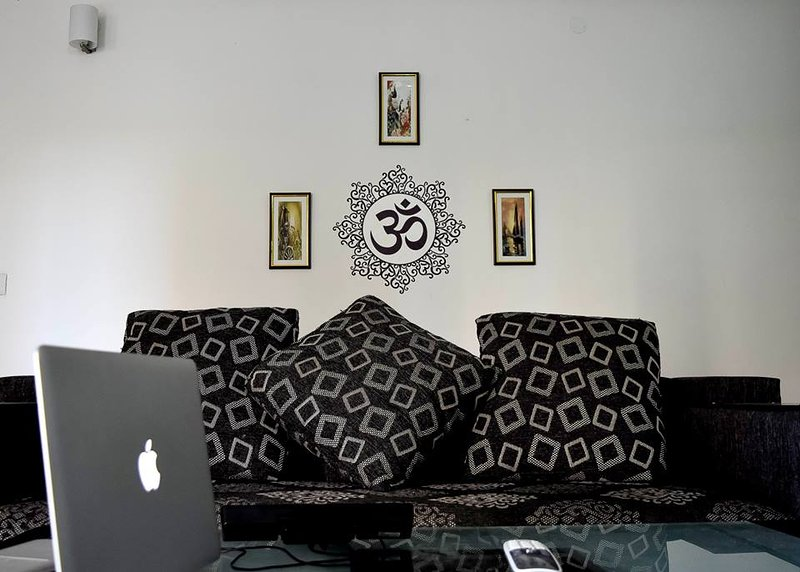'A warm and happy home away from home!', vacation rental in Gurugram (Gurgaon)