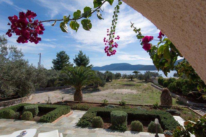 Villa Ariadni - 10 meters to Sea, holiday rental in Sofiko