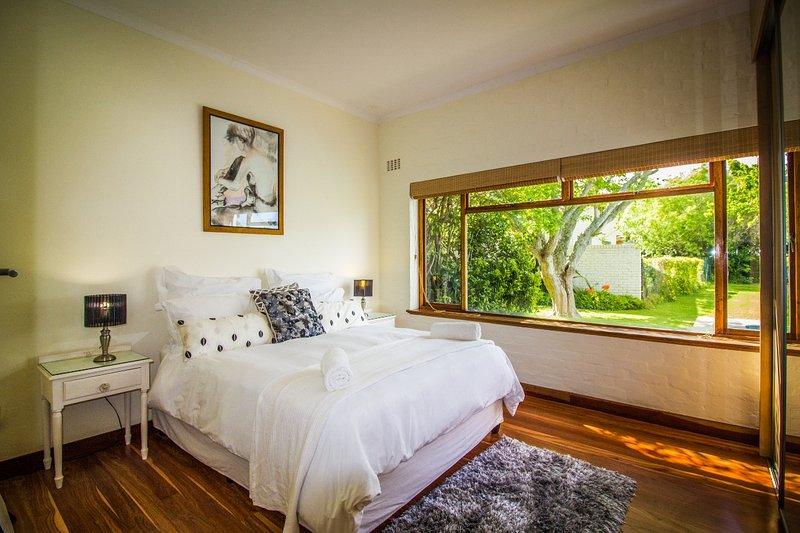 Chambre 2 avec lit queen size