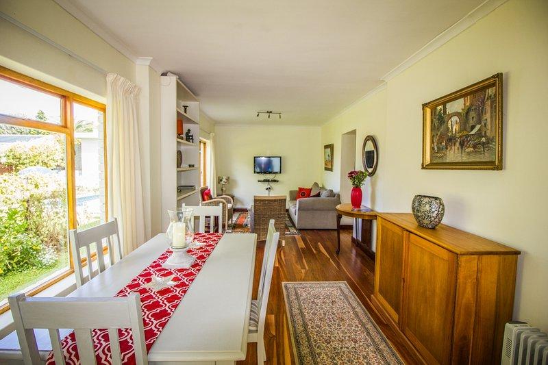 salon Cottage et salle à manger de l'entrée